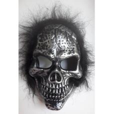 Маска Череп с черными волосами